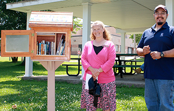 Cmb little free library